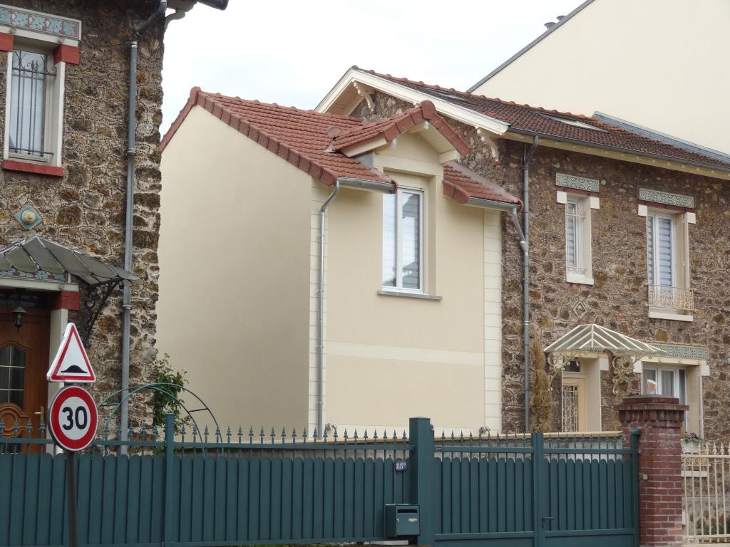 Extension ravalée.